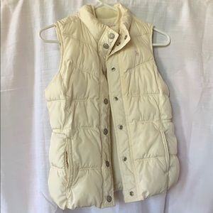 Old Navy Cream Sleeveless Vest : Junior's Size XL